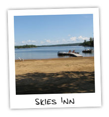 Skies Inn Cottage on Kennisis Lake
