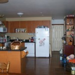 Country kichen with all the amenities.  Serving island for added space and convenience.