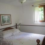 2nd bedroom. Queen bed.